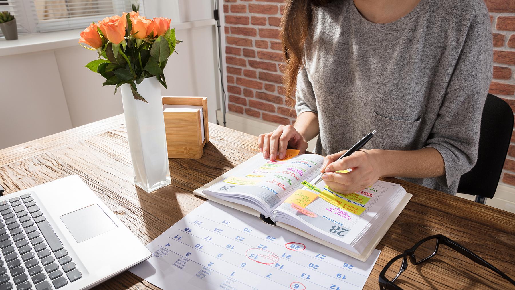 Zeit einteilen – produktiv arbeiten –  Zeit sparen